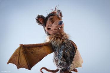 bat puppet #1